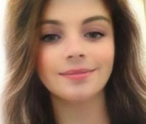 Avec le filtre snap qui transforme en fille, il cartonne sur Tinder