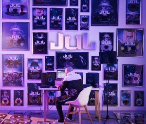 """""""Rien 100 Rien"""" : Jul invite Ninho, Vald et Heuss L'enfoiré sur son nouvel album"""