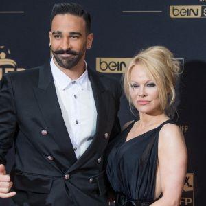 """Adil Rami réagit à sa rupture avec Pamela Anderson : """"En aucun cas je mène de double vie"""""""