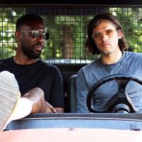 Orelsan et Thomas Ngijol déchaînés dans les coulisses d'un festival : le reportage WTF hilarant