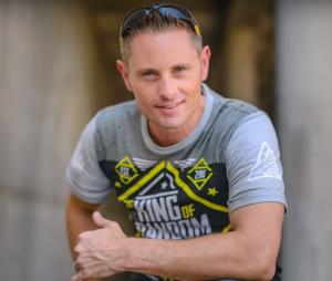 Grant Thompson (The King of Random) : la star de Youtube meurt dans un tragique accident de parapente