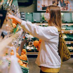 Des masques gratuits pour les plus précaires et les lycéens parisiens