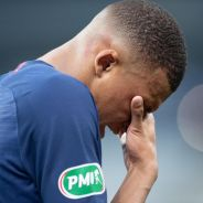 Kylian Mbappé blessé en plein match PSG contre Saint-Etienne : les images qui inquiètent