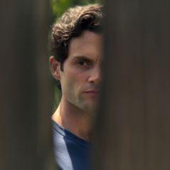 You saison 3 : le visage de la voisine de Joe dévoilé, 9 autres personnages annoncés