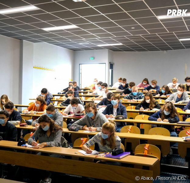 Covid-19 : des tests antigéniques débarquent dans plusieurs lycées (en Ile-de-France) pour tester les élèves et les profs volontaires