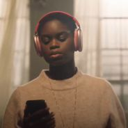 Apple dévoile les AirPods Max, un casque audio incroyable
