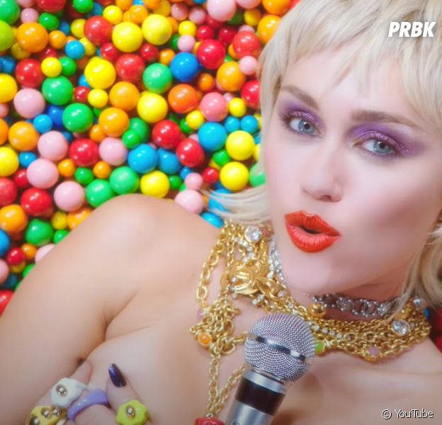 """Miley Cyrus bientôt en couple avec Harry Styles ? """"Ca serait logique"""" d'après la star"""