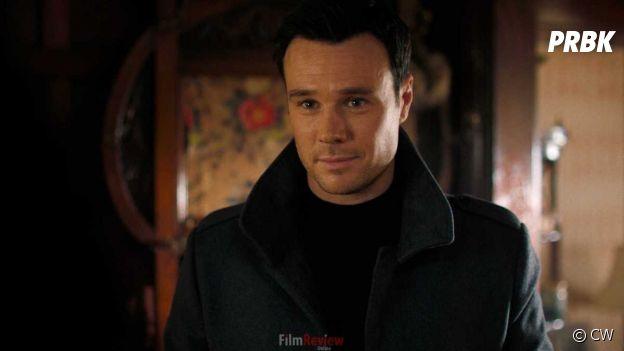 Rupert Evans dans le remake de Charmed