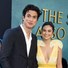 Camila Mendes et Charles Melton de nouveau en couple ? Des photos sèment le doute