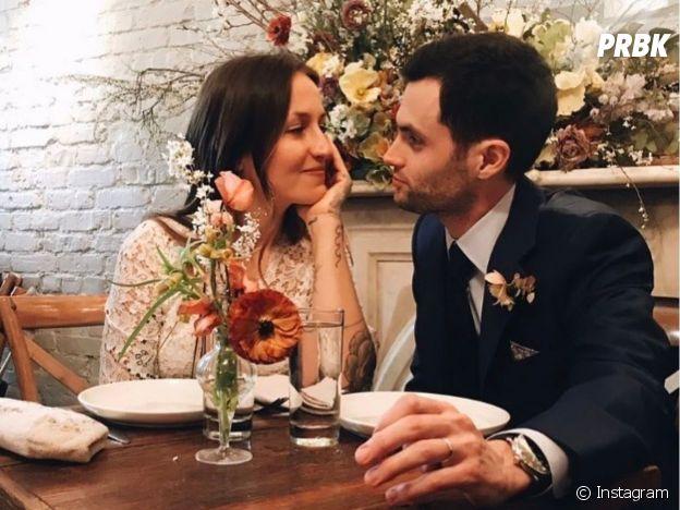 Penn Badgley lors de son mariage avec sa femme Domino Kirke