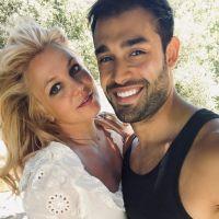 Britney Spears est fiancée à Sam Asghari et montre sa sublime bague