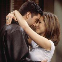 Jennifer Aniston en couple avec David Schwimmer ? La star de Friends s'exprime enfin sur la rumeur