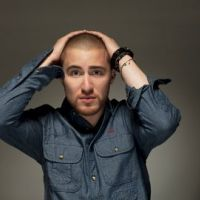 Mike Posner ... son nouveau single Bow Chicka Wow Wow