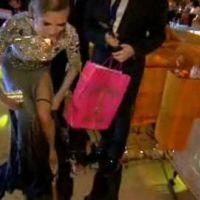 Heidi Klum ... Elle enlève sa culotte à la télé