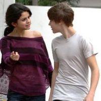 Justin Bieber ... Il rend visite à Selena Gomez sur le plateau de sa série (photo)