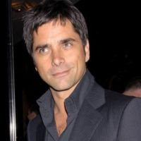 Mon Oncle Charlie saison 9 ... John Stamos toujours en lice pour remplacer Charlie Sheen