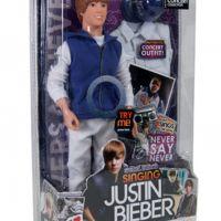Justin Bieber ... place à la poupée qui chante Never Say Never (PHOTO)