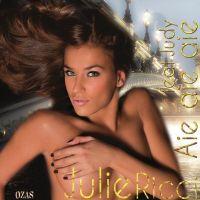 Julie Ricci ... Rumeurs de couple avec Sofiane de la Star Ac' dans les Anges de la télé-réalité 2