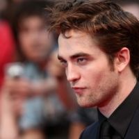 PHOTOS ... Robert Pattinson ... so hot à Londres pour ''De l'eau pour les éléphants''
