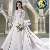Kate Middleton ... version poupée robe de mariée