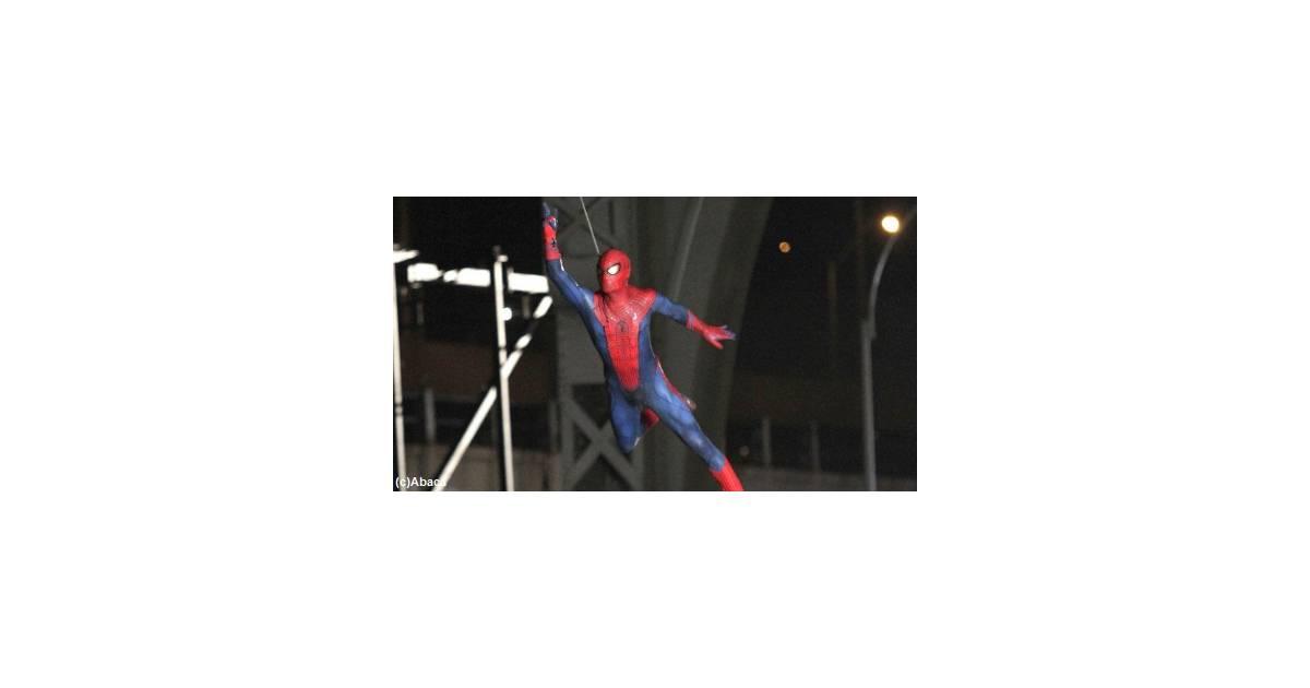 spiderman mort mais pour combien de temps. Black Bedroom Furniture Sets. Home Design Ideas