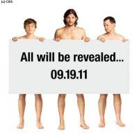 Mon Oncle Charlie saison 9 : Ashton Kutcher se met à nu (PHOTO)