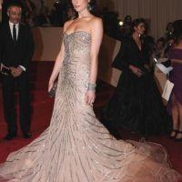 Ashley Greene à Paris ... mais aussi ambassadrice de DKNY