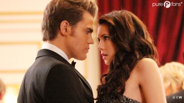 Vampire Diaries saison 3 : un bal chaud bouillant
