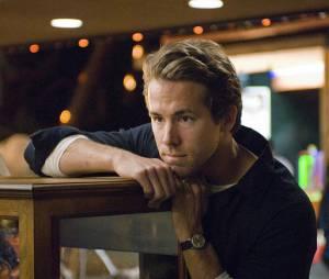 Ryan Reynolds perdu dans ses pensées