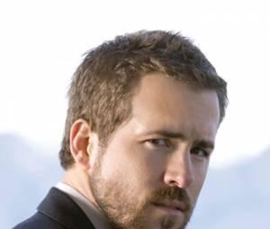 Ryan Reynolds qui a un peu négligé l'étape rasage