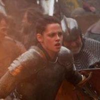 Kristen Stewart pas là pour rigoler dans Blanche Neige et le Chasseur (PHOTO et VIDEO)