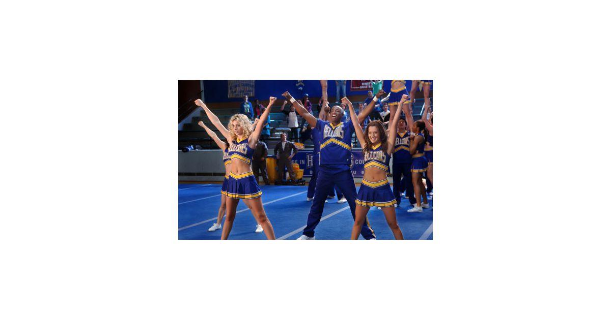 sexy ashley tisdale cheerleader