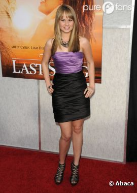 Debby Ryan, trop belle sur le tapis rouge