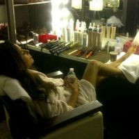 Eva Longoria : une blessure et une photo sexy dans les loges de Desperate Housewives !