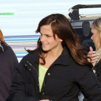 Emma Watson en mode cheveux longs : la magie des extensions ? (PHOTOS)