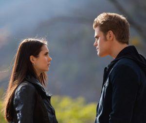 Elena et Stefan à la fin de la saison 2