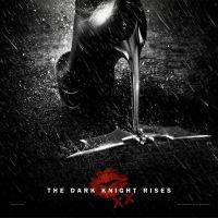 The Dark Knight Rises : Catwoman écrase Batman (PHOTOS)