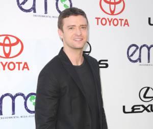 Justin Timberlake se fait passer la corde au cou