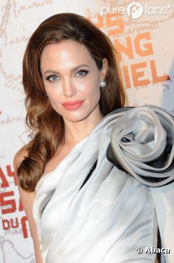 Selon son agent, Angelina Jolie n'a pas été approchée par les studios Universal Pictures
