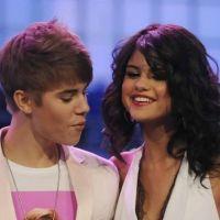Selena Gomez et Justin Bieber : leurs proches foutent la m*rde !