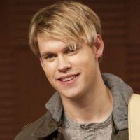 Glee saison 4 : Chord Overstreet et sa guitare officiellement de retour !