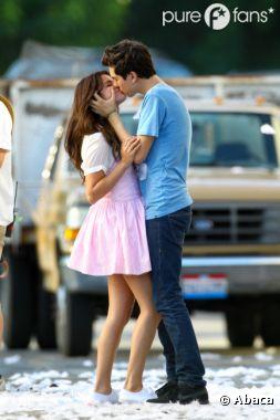 Selena Gomez et Nat Wolff s'embrassent à pleine bouche !