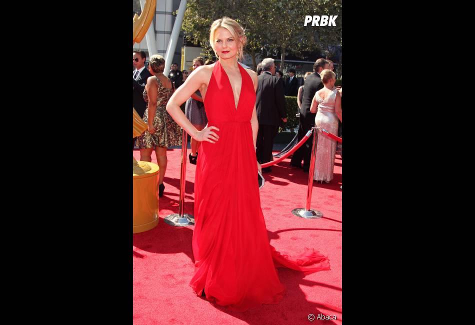 Jennifer Morrison de Once Upon A Time, sublime sur le tapis rouge