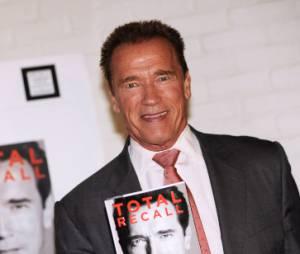 Arnold Schwarzenegger raconte tout dans son livre