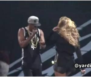 Jay-Z met la main aux fesses de Beyoncé