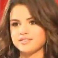 """Selena Gomez chez Morandini : """"Je chante ce que je suis""""... Son interview dans Vous êtes en direct (VIDEO)"""