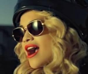Rita Ora nous présente sa ville natale dans son clip Shine Ya Light