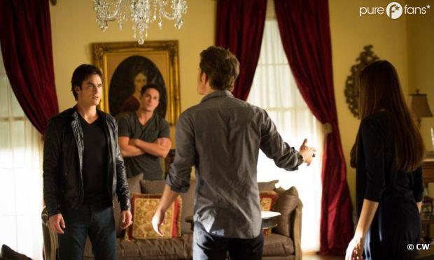 Prises de tête entre Stefan et Damon dans l'épisode 5 de la saison 4 de Vampire Diaries