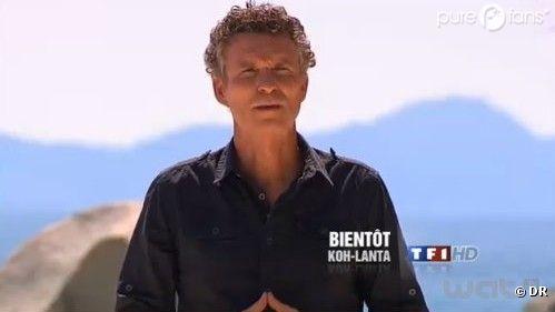 Denis Brogniart : Il accueille les aventuriers pour leurs premiers pas sur l'île