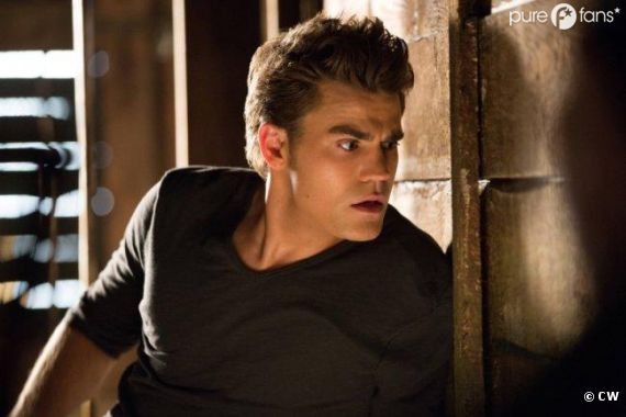 Stefan et Caroline contre Tyler dans Vampire Diaries !